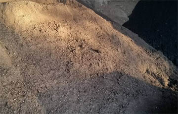Dry topsoil delivered to Plymouth or Torbay in Devon